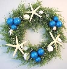 Coastal Christmas decorations wreath with starfish