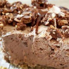 Tarte au fromage et Nutella - No-Bake - Prêt en 5 minutes! Desserts With Biscuits, Cream Cheese Desserts, Cheap Clean Eating, Brunch, Savoury Cake, Desert Recipes, Pasta, Chocolate Desserts, Easy Desserts