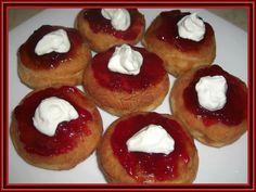 Kouzelná vařečka: Vdolky Russian Recipes, Cheesecake, Muffin, Breakfast, Strawberry Fruit, Morning Coffee, Cheesecakes, Muffins, Cupcakes