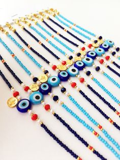Gold and silver bracelets for women Cute Jewelry, Jewelry Gifts, Beaded Jewelry, Diy Jewelry, Jewelry Trends, Jewelry Ideas, Fashion Jewelry, Evil Eye Jewelry, Evil Eye Bracelet