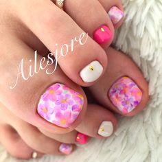 フットネイル×フラワー❤️ ネイル ネイルアート 春ネイル フラワーネイル ネイルサロン nails nailart Springnail flowernail nailsalon footnail フットネイル