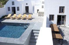 Milos, Santorini | Luxury Retreats