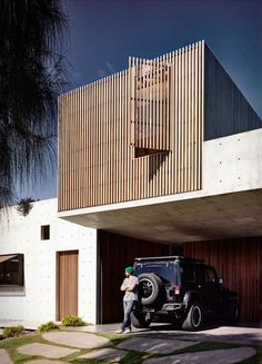 A beautiful concrete house on the Victorian surf coast in Torquay, Australia. Idealised by Auhaus Architecture, the 4 bedroom family house has been designed as a walled sanctuary, opening up onto itself and allowing stunning views onto wetl