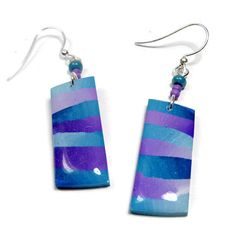 Turquoise Striped Dangle Earrings polymer clay di BeadazzleMe