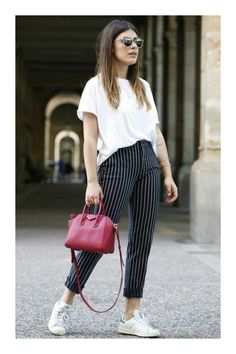 minimalist outfit to inspire your own sleek look 33 Casual Work Outfits, Summer Outfits, Cute Outfits, Winter Outfits, Woman Outfits, Fashion Outfits, Womens Fashion, Girl Fashion, Style Fashion