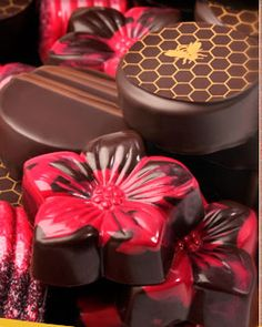 Brian McElrath is an amazing chocolatier in St. Paul, MN. I must thank my friend, Diane for turning me on to McElrath's #chocolate creations.