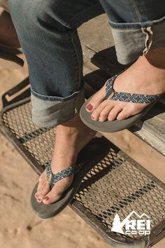 3ca708d5776ca Freewaters Supreem Flip-Flops - Women s