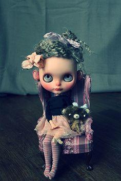 Je suis une petite fille trés sage... | Flickr - Photo Sharing!