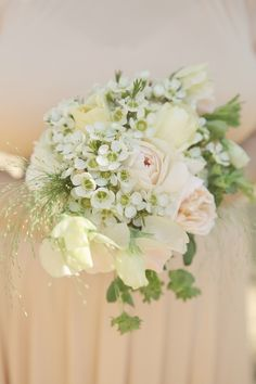 peach bridesmaid bouquets