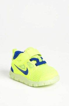 for luca size 5 Nike 'Free Run 5.0' Sneaker (Baby, Walker & Toddler)