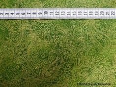 Guld p� gr�n Patchworkstof - er et super meleret gr�nt patchworkstof med et tynd guldm�nster p�
