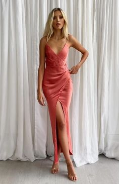 Glam Dresses, Elegant Dresses, Sexy Dresses, Dress Outfits, Formal Dresses, Trendy Dresses, Simple Dress Casual, Classy Dress, Simple Dresses