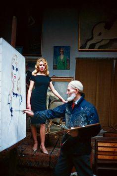 Brigitte Bardot posing for Kees Van Dongen, 1959 (Be more comfortable if she'd kick-off her heels !)
