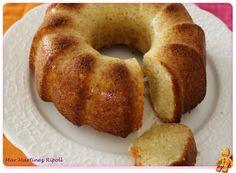 Bizcocho de philadephia y limón Great Desserts, Delicious Desserts, Yummy Food, Sweet Recipes, Cake Recipes, Coconut Flan, Tooth Cake, Savarin, Cheesecake Cake