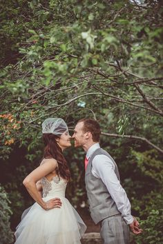 Eskimo kisses! photo by Amy Zumwalt Photography http://ruffledblog.com/dallas-arboretum-wedding #wedding #weddingportrait