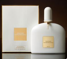 White Parchouli by Tom Ford is mixed as a game of white flowers, patchouli, peony, bergamot, jasmine, rose, coriander and ambrette seed.