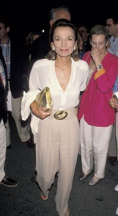 Lee Radziwill's Best Style Moments: Timeless American Elegance in Pictures Jackie Kennedy, Jackie O's, Les Kennedy, Jaqueline Kennedy, Southampton, Her Style, Cool Style, Caroline Lee, Lee Radziwill