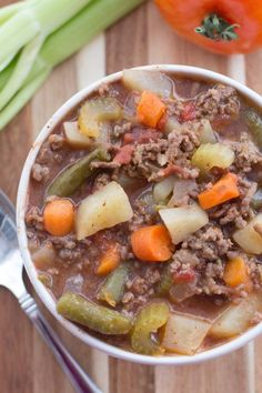 If you need something to throw together and have ready for dinner then this Slow Cooker Hamburger Soup is perfect. It is easy and delicious! (hamburger beef recipes for dinner) Healthy Slow Cooker, Slow Cooker Recipes, Crockpot Recipes, Soup Recipes, Cooking Recipes, Healthy Recipes, Asian Recipes, Slow Cooker Hamburger Soup, Hamburger And Potatoes
