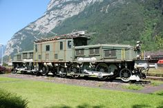SBB Ce 6-8 4270 Erstfeld (UR) Electric Locomotive, Steam Locomotive, Train Suisse, Heritage Train, Time Travel Machine, Diorama, Railroad Pictures, Diesel, Swiss Railways