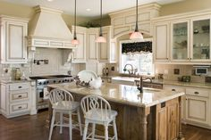 25 Home Plans with Dream Kitchen Designs
