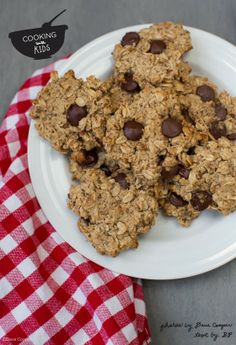 Happy Oatmeal Cookies with Video Tutorial