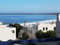 Icarus 31 - Icarus 31 is a charming house set in the private and secure residential area of Paradise beach, which is located next to Club Mykonos, in Langebaan.  The Greek-style house, which has three levels, features ... #weekendgetaways #langebaan #southafrica