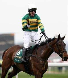Don't Push It wins the Grand National in 2010 #GrandNational #Aintree #APMCCOY