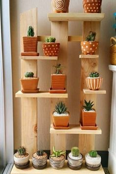 Enchanting DIY Vertical Planter Cool Plant Stand Design Ideas For Indoor Houseplant Decoration Plante, Balcony Decoration, Yard Decorations, Balcony Ideas, Vertical Planter, Diy Plant Stand, Small Plant Stand, Stand Design, Plant Decor