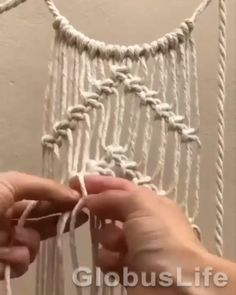 Macrame Design, Macrame Art, Macrame Projects, Macrame Knots, How To Macrame, Driftwood Macrame, Diy Projects, Macrame Wall Hanging Patterns, Diy Wall Hanging