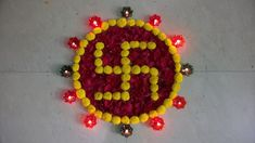 Flowers Decoration For Diwali Simple Rangoli Designs Images, Rangoli Designs Flower, Small Rangoli Design, Rangoli Ideas, Colorful Rangoli Designs, Rangoli Designs Diwali, Diwali Rangoli, Flower Rangoli, Beautiful Rangoli Designs