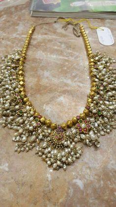 Old Indian Jewelry Design - Guttapusalu Haram Old Antique Jewelry Beaded Jewelry Designs, Gold Jewellery Design, Jewelry Patterns, Fancy Jewellery, Bead Jewellery, Antique Jewellery, Designer Jewelry, Indian Wedding Jewelry, Indian Jewelry