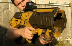 Picture of Borderlands Concept Assault Rifle Prop Replica by Ikkalebob