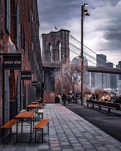 New York City, USA 🇺🇸 . Photo by Selected by Sir.shot Founder Tag your NYC photos with… New York City, USA 🇺🇸 . Photo by Selected by Sir.shot Founder Tag your NYC photos with… Photographie New York, Travel Photographie, Manhattan New York, Lower Manhattan, Yellowstone National Park, National Parks, Puente Golden Gate, Vivre A New York, City Photography