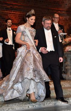 Swedish Royals looked on as this year's Nobel Prize laureates in medicine, economics, physics and chemistry accepted their prizes at a glittering gala ceremony in Stockholm.
