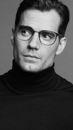 Superman Henry Cavill, Henry Williams, Hollywood Men, Comme Des Garcons, Film Review, Man Of Steel, Fine Men, The Witcher, Tom Cruise