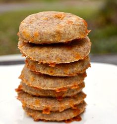 Whole wheat cheddar jalapeno crackers! #snacks #healthy