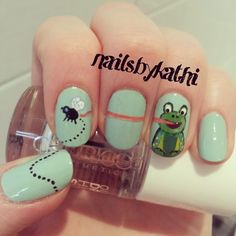 Frog nails! I want these!!!