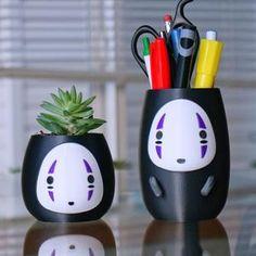Spirited Away No Face Planter or Pen Holder- Studio Ghibli Pencil Minimalist Desk Container- Anime Decoration Pot with Arms- Hayao Miyazaki Anime Diys, Anime Crafts, Clay Crafts, Diy And Crafts, Arts And Crafts, Geek Crafts, Studio Ghibli, Painted Plant Pots, Otaku Room
