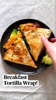 Breakfast Dishes, Breakfast Recipes, Breakfast Tortilla, Breakfast Quesadilla, Breakfast Omelette, Healthy Egg Breakfast, Breakfast Wraps, Quesadilla Recipes, Breakfast Sandwiches