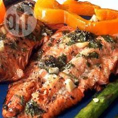 Фото рецепта: Красная рыба запеченная в фольге