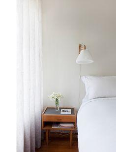 Simone Kelly's apartment, via The Design Files.  Photo by Marcel Aucar.