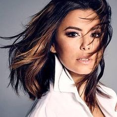 The 60 Sexiest Mexicans in Hollywood! Lob Hairstyle, Cool Hairstyles, Eva Longoria Collection, Popped Collar, Tumblr Hipster, Who Is Next, Colored Highlights, Gorgeous Women, Redheads