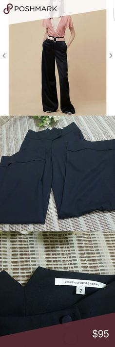 🔴THIS WEEKEND🔴DIANE VON FURSTENBERG FLARE In perfect conditions dress pant worn once size 2  ASK FOR MORE PICTURES IF INTERESTED . Diane von Furstenberg Pants Wide Leg