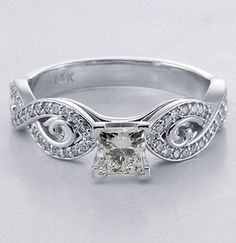 Detailed Crossover Ring I love this ring... The cut, the detail in the band, everything :) ghg