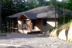 Vacation Homes & Condo Rentals - Airbnb Treehouse Cottages, Perfect Place, Condo, Cabin, Vacation, Country, House Styles, Spring, Winter
