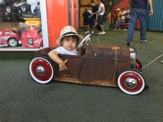 Toy Car Pedal Car Hot Rod Made in Brazilian Custom Radio Flyer Wagon, Radio Flyer Wagons, Rat Rod Cars, Pedal Cars, Power Wheels, Power Cars, Kids Wagon, Go Kart, Drift Trike