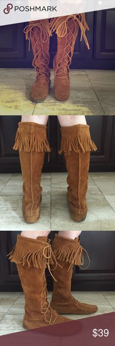 "Minnetonka Front Lace Knee Hi Boots. Size 8. Minnetonka Front Lace Knee Hi Boot.  Size 8. Color Brown. Soft Suede leather. Adjustable rawhide lace. 16 1/2"" high Minnetonka Shoes Moccasins"