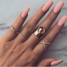 Long, peach coloured nails. www.ScarlettAvery.com
