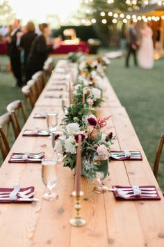Fall Ranch Wedding Centerpieces by Chic Fleur Wedding & Events Photography | Tracy Enoch Photography #bridesofnorthtx #northtxbride #centerpieces