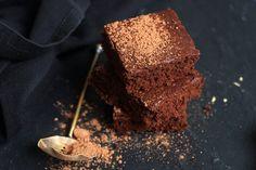Nadýchaný perník Healthy, Sweet, Desserts, Food, Candy, Tailgate Desserts, Deserts, Essen, Postres